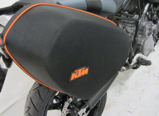 KTM 990 SUPERMOTO TOURING ABS full