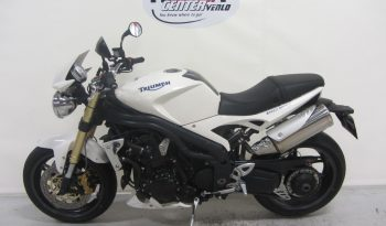 Triumph SPEED TRIPLE 1050 full