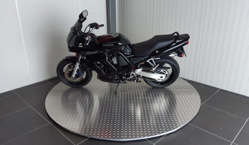 Yamaha FZS600 FAZER full