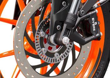PHO_BIKE_DET_390-duke-in20-rotw21-brakes_#SALL_#AEPI_#V1