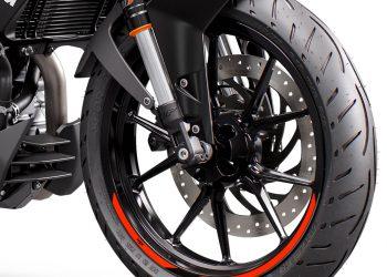 PHO_BIKE_DET_390-duke-in20-rotw21-wheels_#SALL_#AEPI_#V1